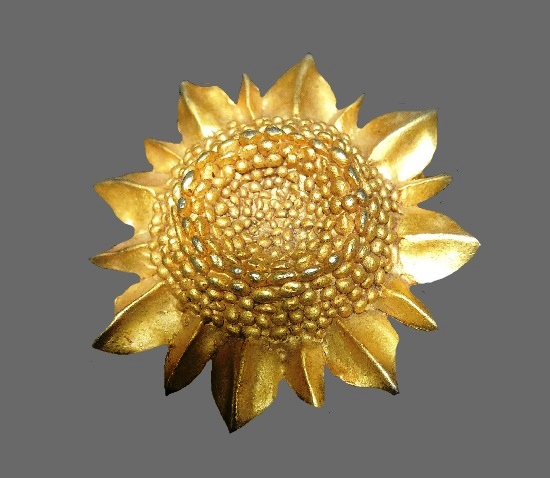 Sunflower brooch pendant. Gold tone textured metal