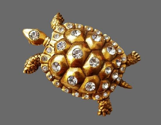 Turtle brooch. Gold filled, Swarovski crystals. 1980s. 5.5 cm