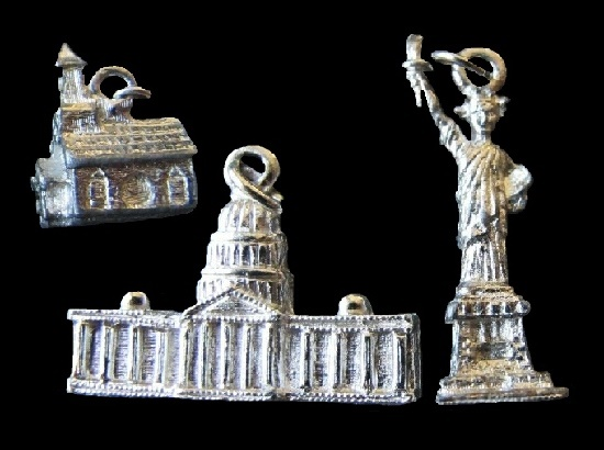 US historical building charms. Silver tone metal