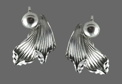 925 Sterling silver floral design vintage earrings