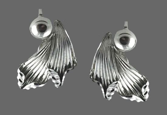 925 Sterling silver floral design vintage earrings
