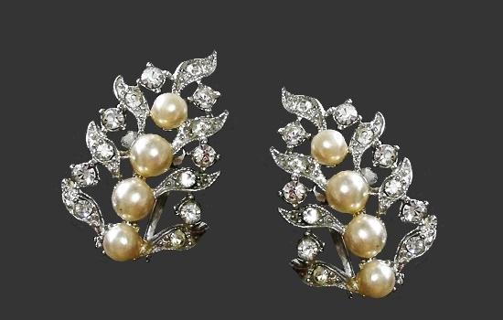 Beautiful plant motif clips. Silver tone metal, Swarovski crystals, faux pearls. 1960s