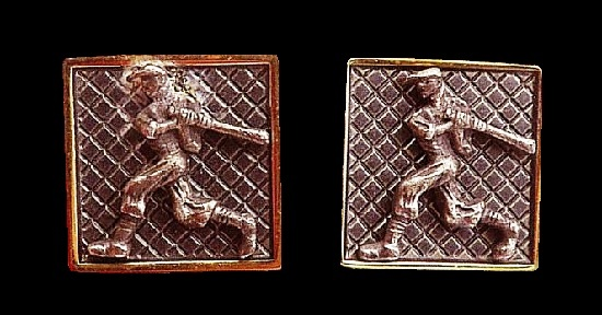Baseball Player cuff links. 925 silver, gold plated metal
