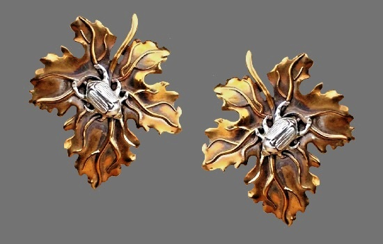 Stephen Dweck vintage costume jewelry. Beetle on the leaf clip on earrings. Bronze, sterling silver