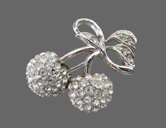 Berry brooch pin of silver tone, crystals