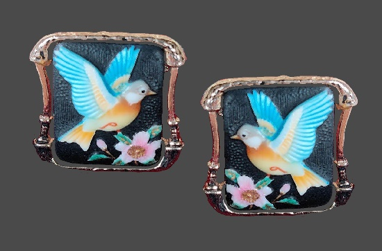Bird with blossom cufflinks. Handpainted porcelain, silver tone. 1940s