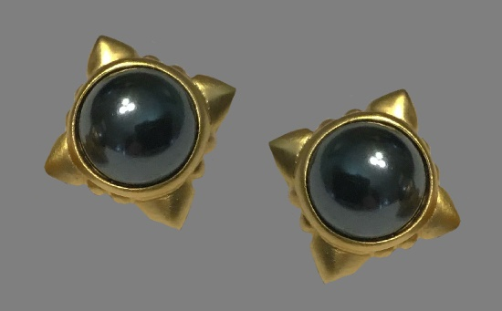 Black cabochon brushed gold couture earrings. 1980s