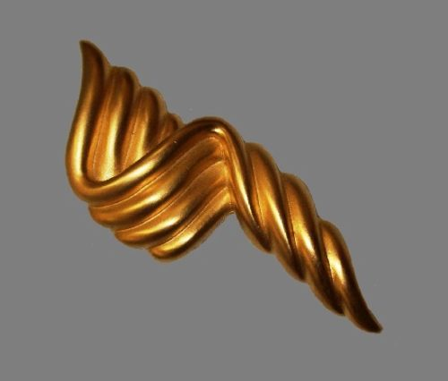 Brushed gold tone abstract design brooch