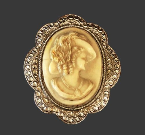 Cameo brooch. Sterling silver, carved ivory. 1948