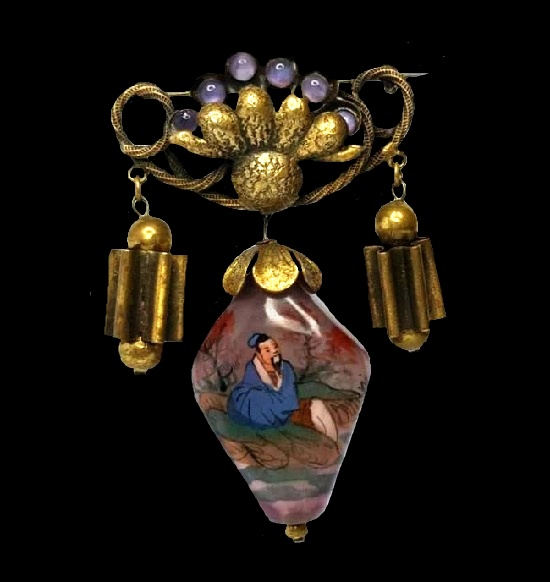 Chinese motif brooch pendant. 1940s. Brass, handpainted glass charm, art glass
