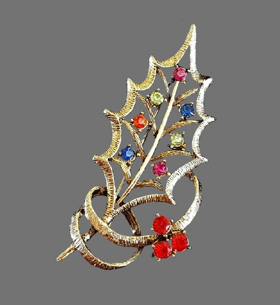 Christmas Holly Brooch Pin. Gold tone metal, multicolor rhinestones