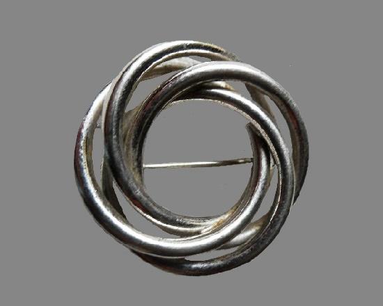 Circles sterling silver pin