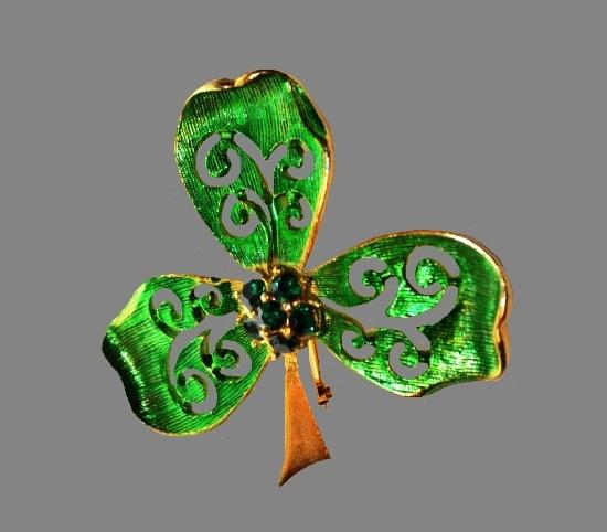 Clover brooch pin. Gold tone textured metal, enamel, rhinestones