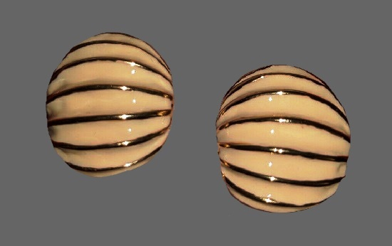 Cream enamel gold stripes clip on earrings