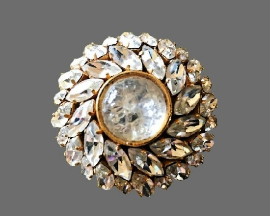 Crystal gold tone brooch. 1980s
