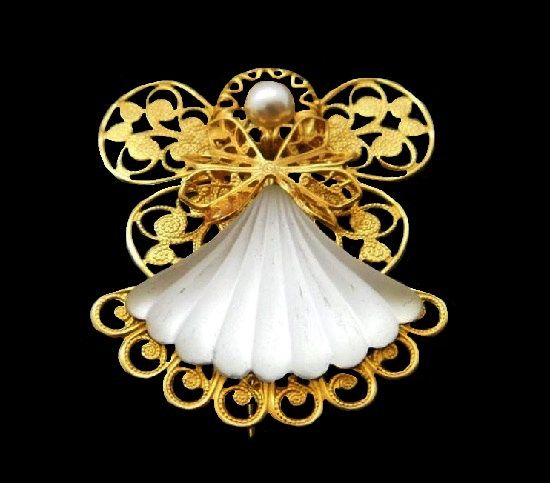 Fairy brooch pin. Gold tone metal, art glass, faux pearl. 1990s