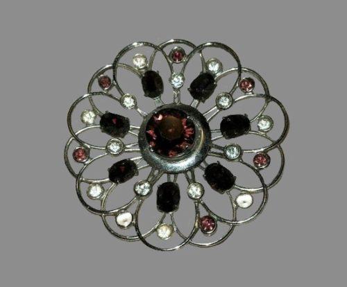 Filigree flower brooch. Sterling silver, rhinestones, clear crystals