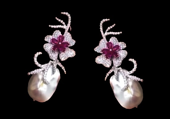 Floral motif of earrings. Baroque pearls, silver, zircons. 1990s
