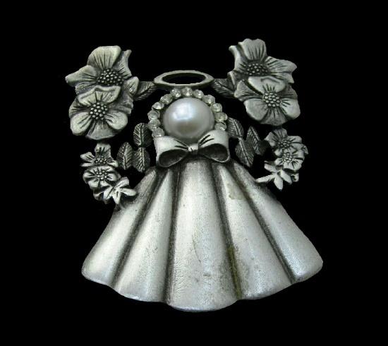 Flower Angel silver tone brooch pin