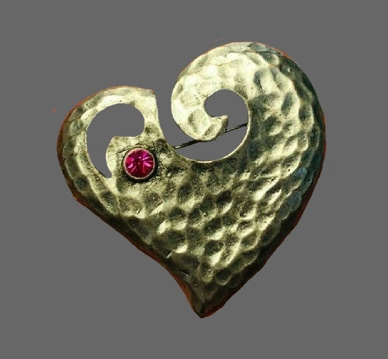 Follow your Heart brooch. Pewter, rhinestone