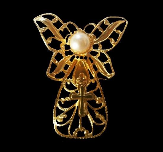 Gold tone Butterfly Angel open work brooch pin