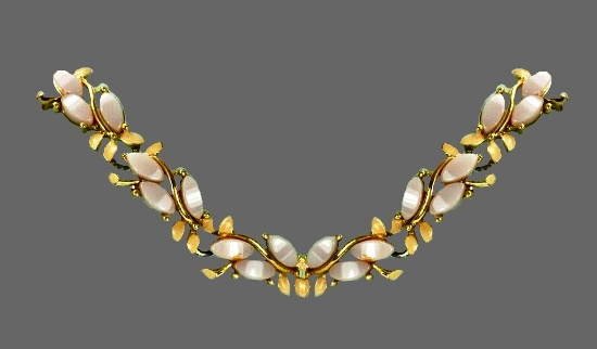 Gorgeous lucite necklace of gold tone