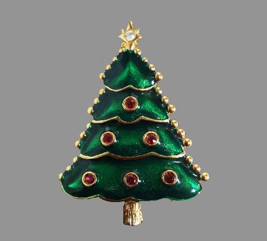 Green enamel rhinestones gold tone metal Christmas tree brooch. 6 cm. 1990s