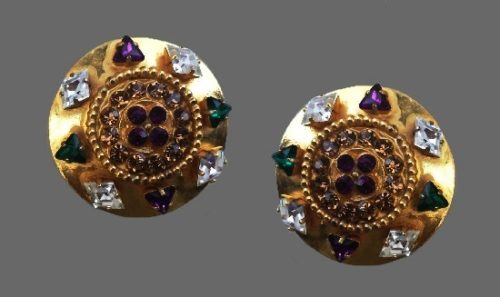 Gripoix glass rhinestones gold tone clip on earrings