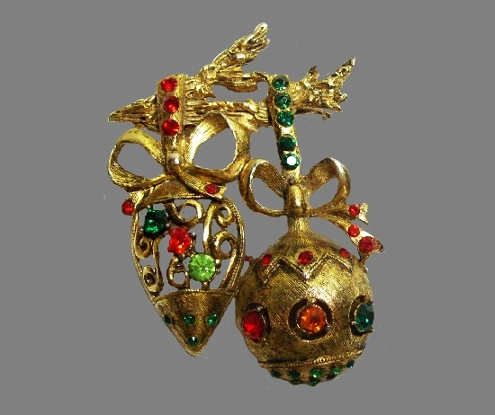 Hanging Christmas tree ornaments. Gold tone, rhinestones