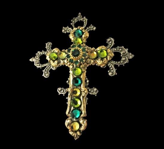 Jeweled Cross brooch pendant. Jewelry alloy, rhinestones
