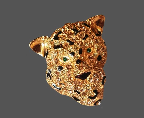 Leopard head brooch. 24 K gold plated, crystals, black enamel. 4.8 cm. 1960s