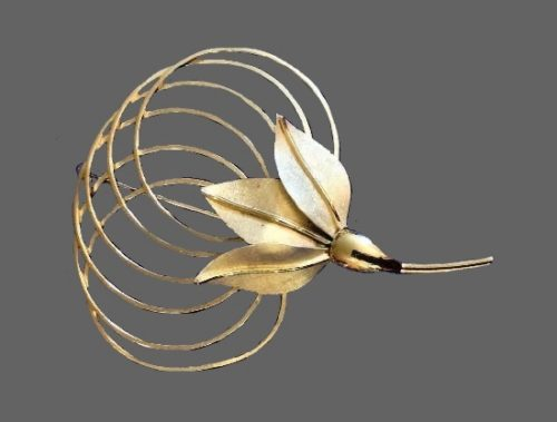 Lotus brooch pin. Sterling silver, gold plated