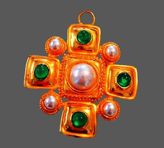 Maltese cross pendant. Metal alloy, 24 K gold plated, art glass. 7.5 cm. 1970s