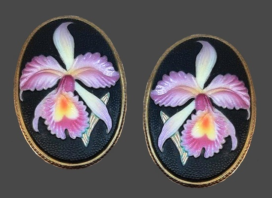Pink orchid oval shaped clip on earrings. Sterling silver, porcelain. 1940s
