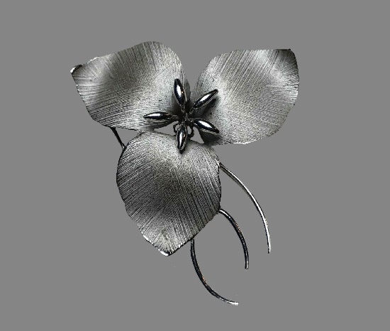 Poinsettia sterling silver brooch
