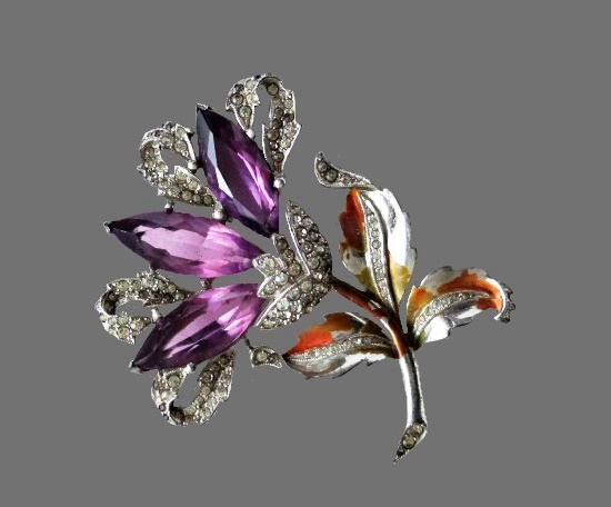 Rare 1940s enameled flower brooch. Silver plated, art glass, rhinestones