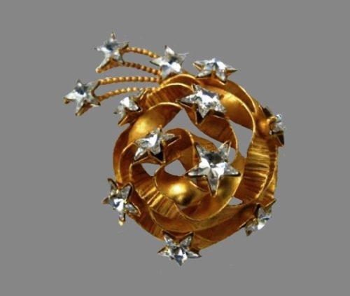 Ribbon and stars brooch. Gold tone, crystals