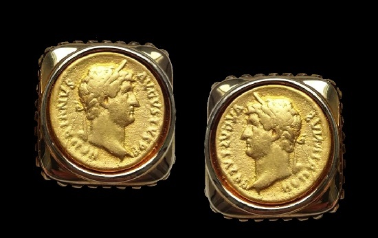 Roman coin clip on earrings. Gold tone metal. 2 cm. 1990s