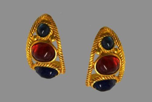Runway Mogul Rhinestone yellow gold tone metal clip on earrings