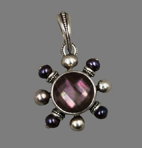 Silver pendant. Ddyed cultured freshwater pearls, quartz, mother of pearl