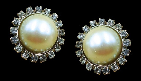 Silver tone faux pearl rhinestone round shaped clip on earrings. 1980s