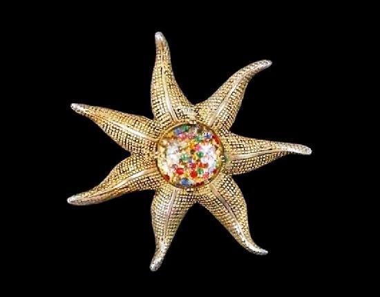 Starfish pin brooch. Gold tone textured metal, art glass