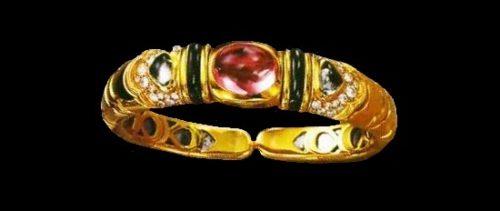 Bracelet. Gold, tourmalines, diamonds, black enamel. 1980s