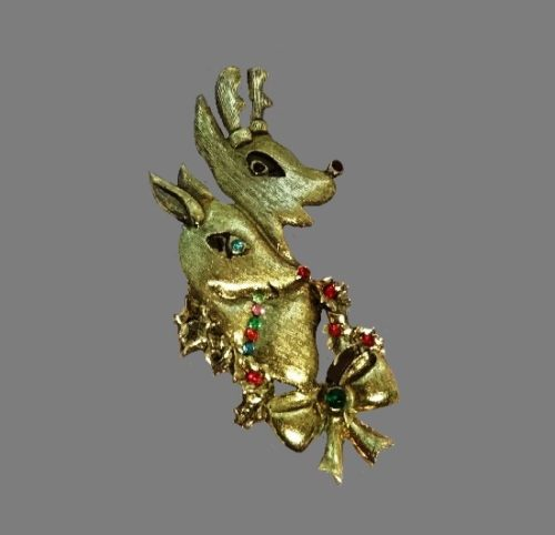 Two Reindeers Bow Holly Christmas Tree Pin of gold tone, rhinestones