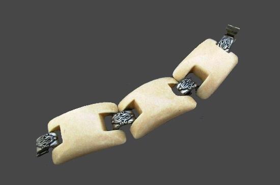 Vanilla lucite silver tone links cuff bracelet