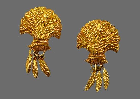 Wheat Corn Harvest gold tone textured metal earrings