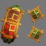 Signed Carlisle vintage costume jewelry