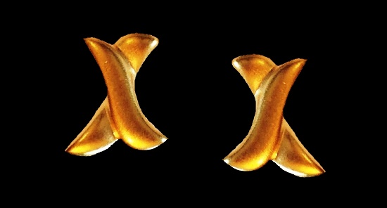 X shaped post earrings of matte gold tone