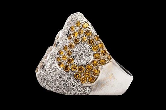 Yellow Diamond 18k White Gold Band Ring