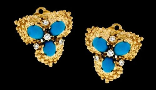 A pair of earrings. 14k yellow gold, Persian turquoise and diamond stones
